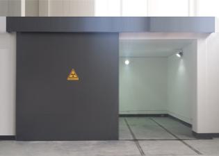 电动辐射防护铅门